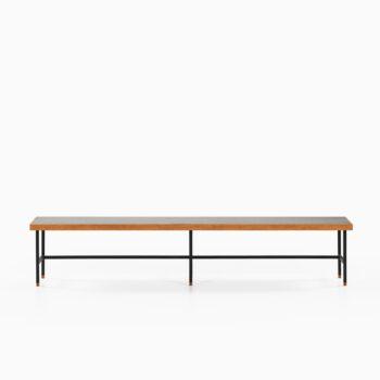 Kurt Østervig bench / side table in oak at Studio Schalling