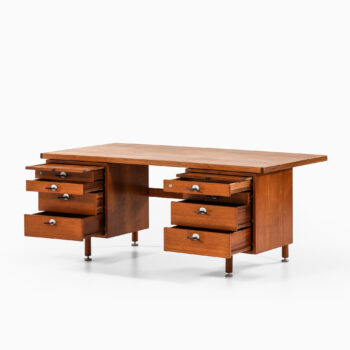 Jens Risom freestanding desk in teak at Studio Schalling
