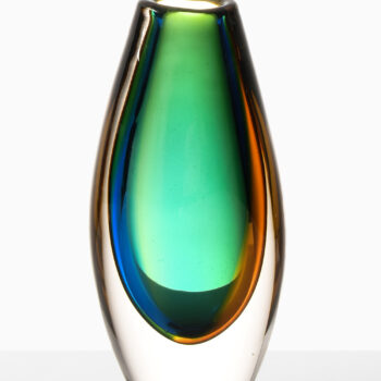 Vicke Lindstrand glass vase by Kosta at Studio Schalling