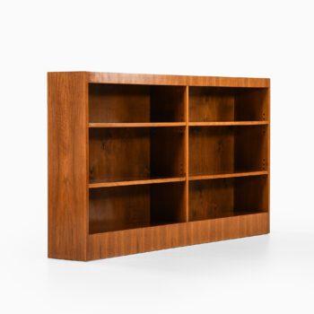 Bookcase in walnut attributed to Josef Frank at Studio Schalling