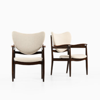 Finn Juhl armchairs by Søren Willadsen at Studio Schalling