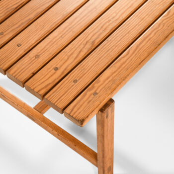 Bench / side table in pine at Studio Schalling