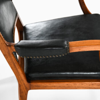 Erik Chambert armchairs in mahogany at Studio Schalling