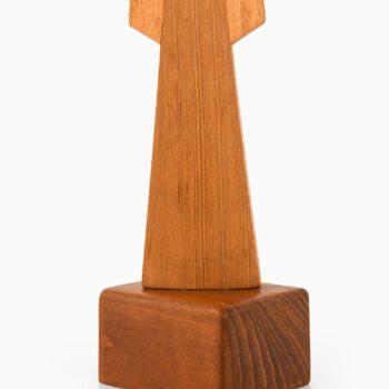 Johnny Mattsson sculpture in pine at Studio Schalling