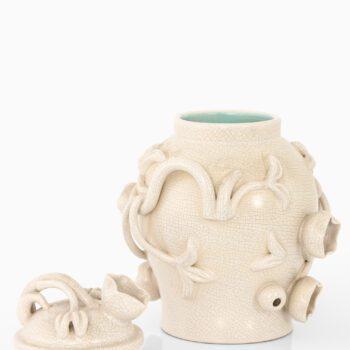 Eva Jancke-Björk ceramic vase with lid at Studio Schalling