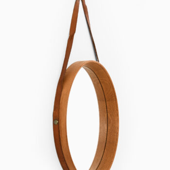 Mirror in oak, leather and brass at Studio Schalling