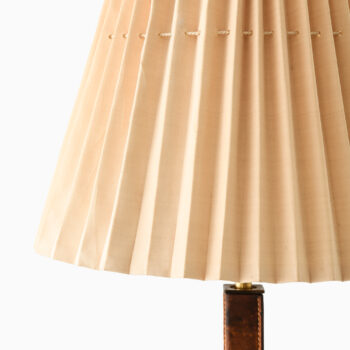 Böhlmarks table lamp in glass and leather at Studio Schalling