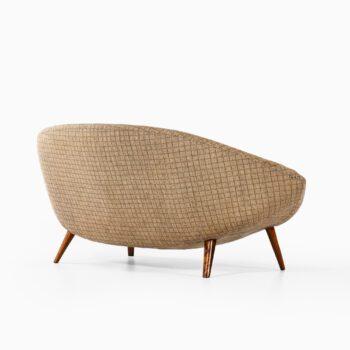 Folke Jansson sofa in original fabric at Studio Schalling