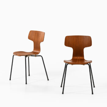 Arne Jacobsen dining chairs model 3103 at Studio Schalling
