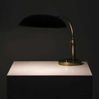 Art Deco table lamp in green lacquered metal at Studio Schalling