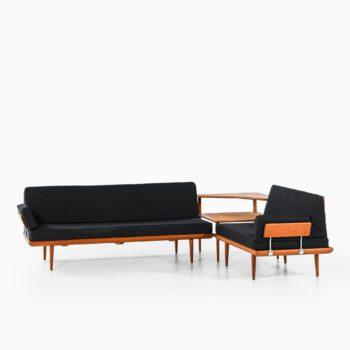 Peter Hvidt & Orla Mølgaard-Nielsen sofa at Studio Schalling
